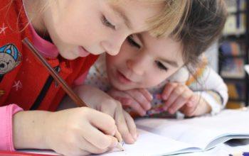 Tippek az otthontanuláshoz egy gyakorló anyától