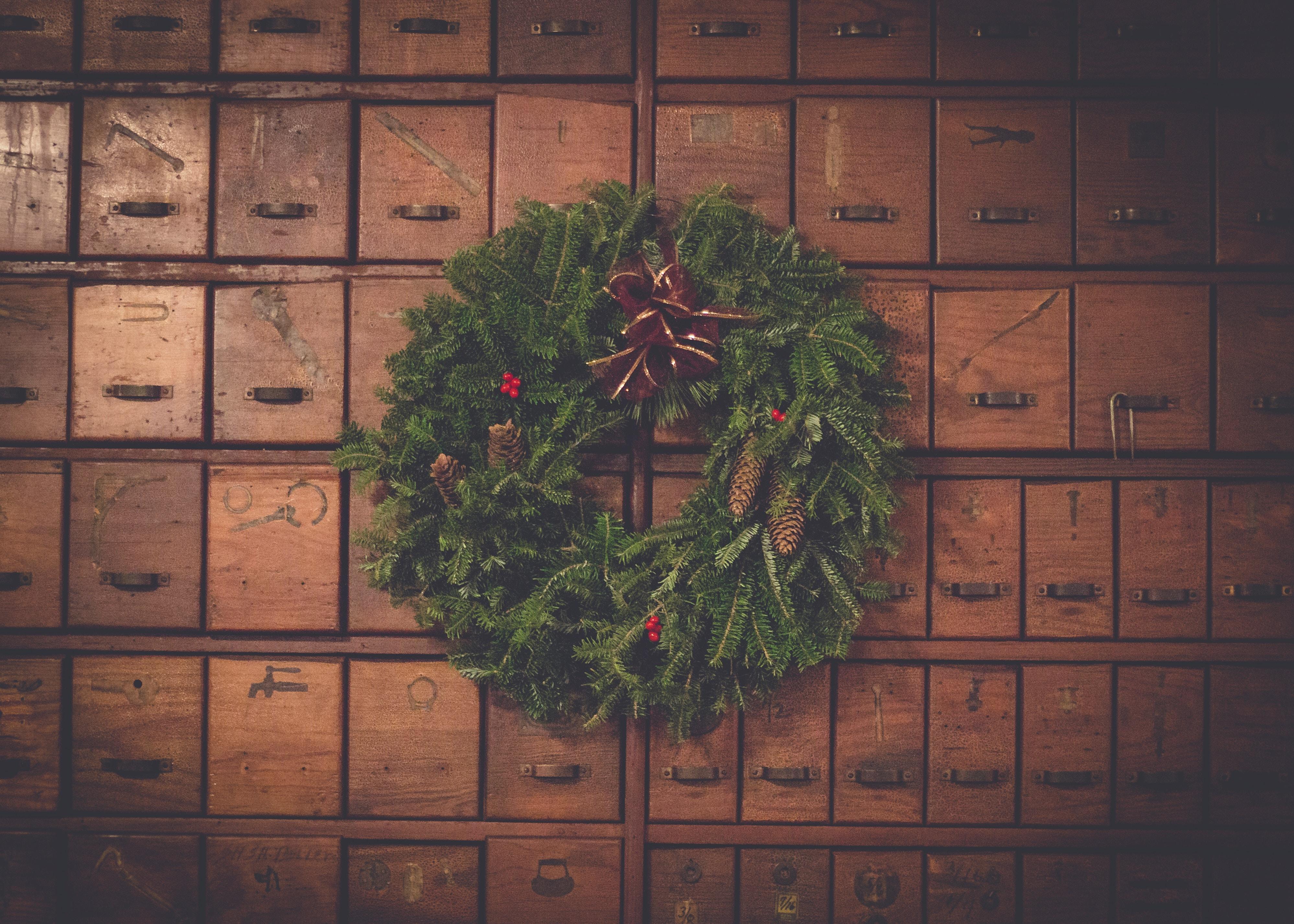 a karácsonyi előkészület sok feladata