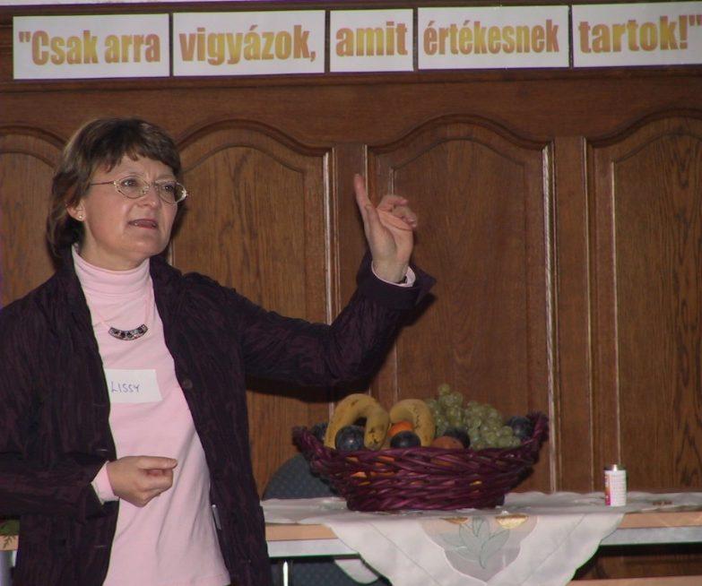 Dr. Elisabeth Raith-Paula, a Ciklus-show könyv megalkotója