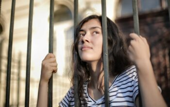 Hogyan segíts a kamasz gyerekednek átvészelni a karantént?