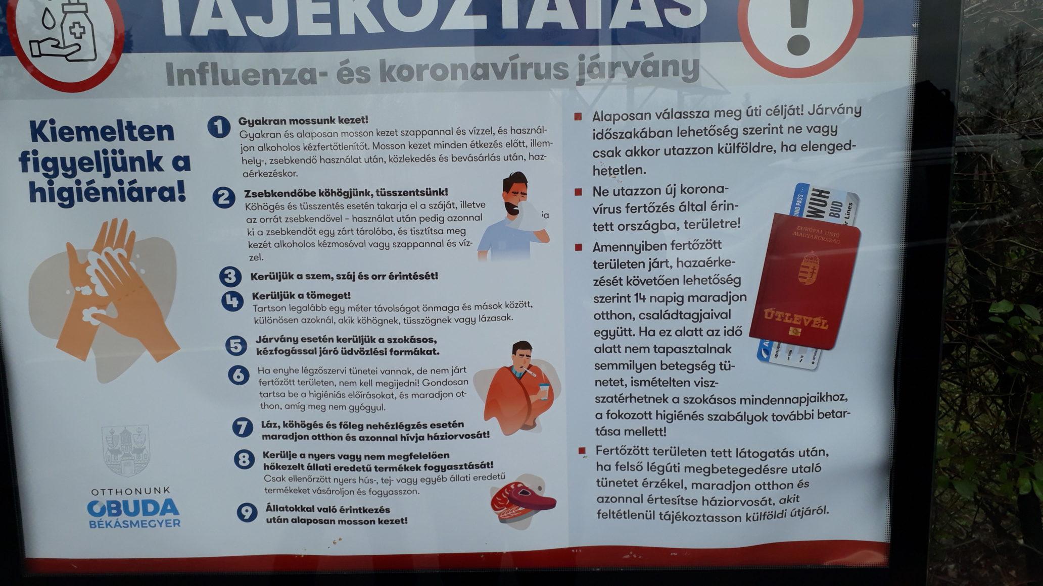 plakátok tájékoztatnak a koronavírussal kapcsolatos információkról