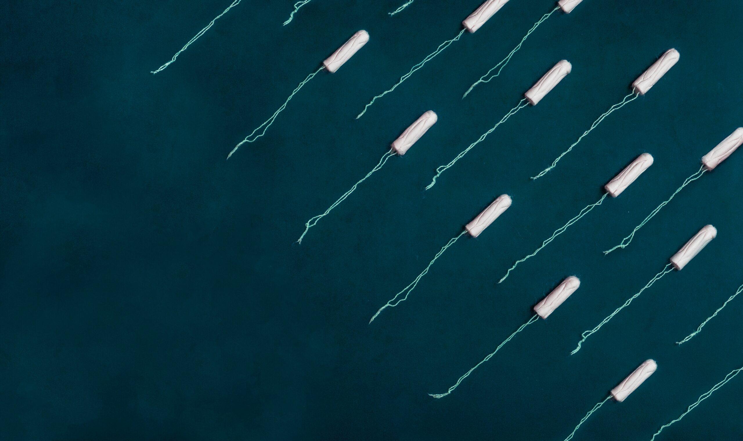 a lányok tartanak a tampontól az első menstruáció előtt